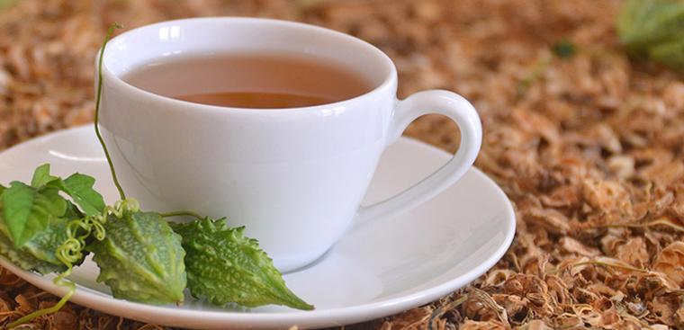 Cách giảm cân bằng trà khổ qua
