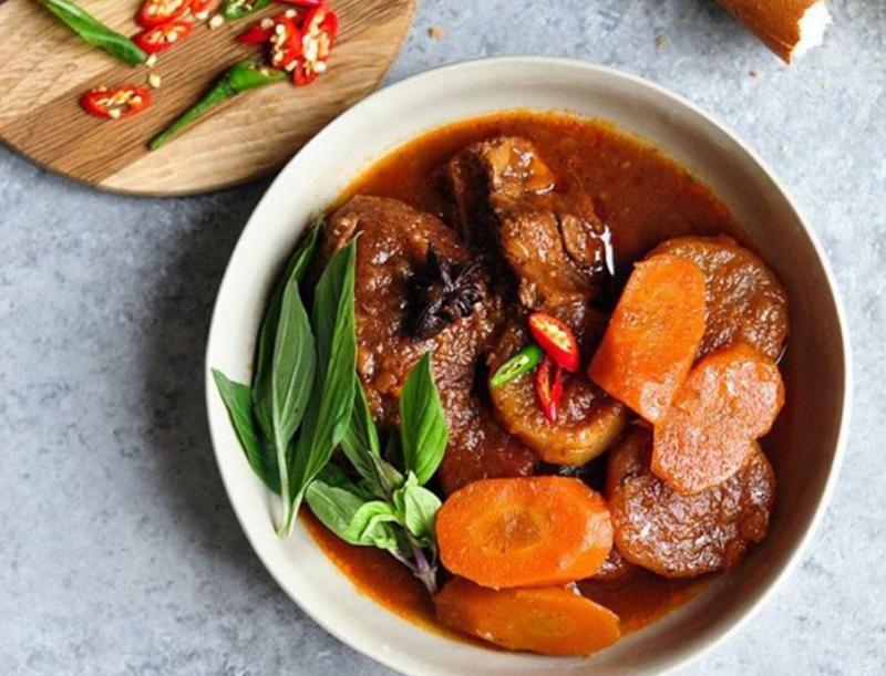 Cách nấu bò kho Pot-au-Feu (kiểu Pháp)