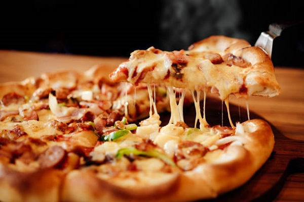 Pizza của Cafe 1985 - Pizza Republic luôn thơm ngon, hấp dẫn
