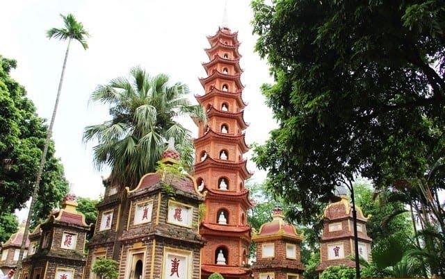 Bảo Tháp chùa Trấn Quốc