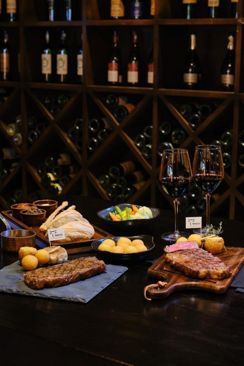 Top 11 Nhà hàng có món ăn Âu Mỹ ngon nhất ở Hà Nội