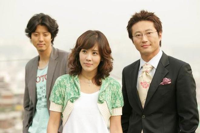 """Top 10 Bộ phim truyền hình hay nhất của """"biên kịch vàng"""" Kim Eun Sook"""