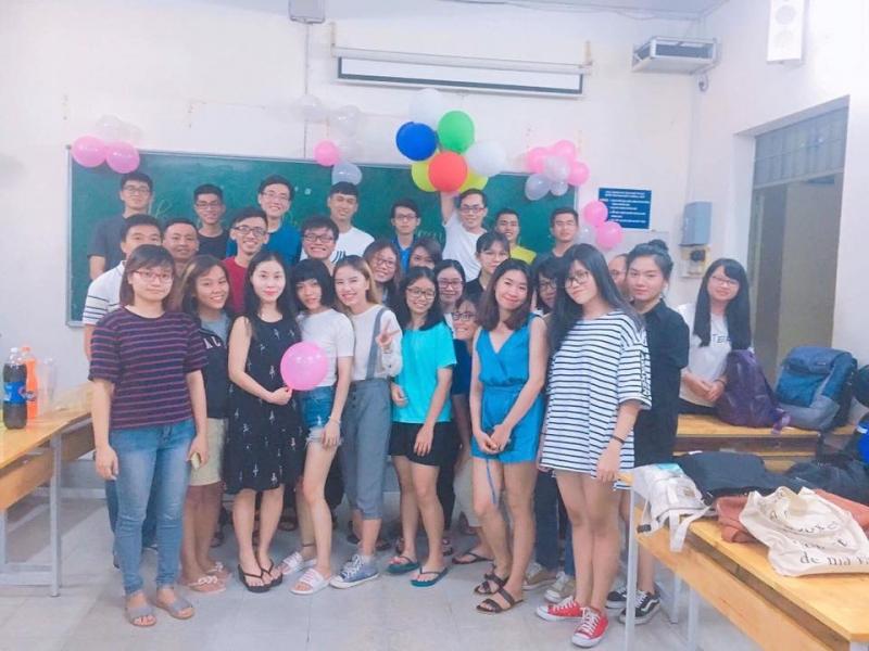 Lớp học ielts của cô giáo Trần Tố Linh