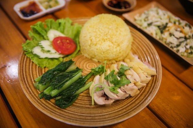 Cơm gà Hải Nam - Singapore