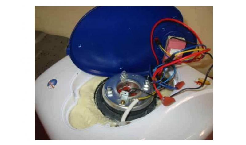 Điện lạnh Trường Thịnh luôn cam kết mang đến cho quý khách dịch vụ sửa chữa máy nước nóng uy tín và chất lượng nhất.