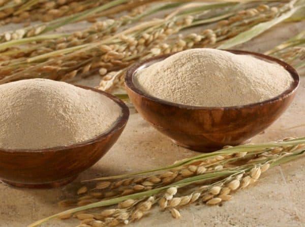 Trị bệnh viêm nang lông bằng cám gạo