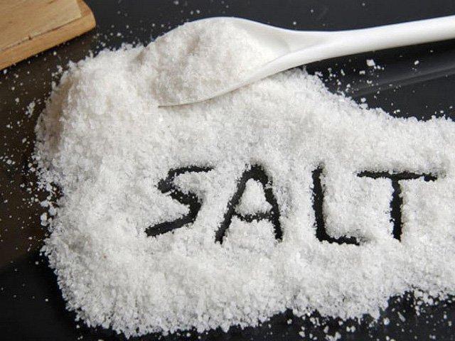 Cách điều trị viêm nang lông bằng muối