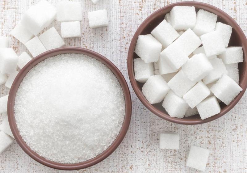 Trẻ ăn đường sớm dễ sâu răng và hình thành thói quen ăn đồ ngọt