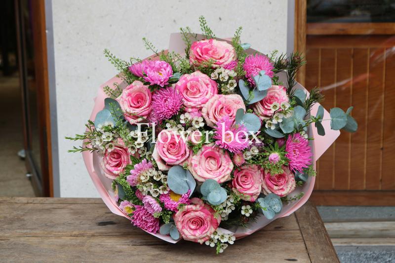 Top 10 Cửa hàng hoa trực tuyến ở TP Hồ Chí Minh