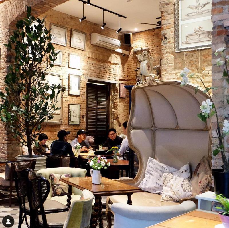 Fly Cupcake Garden là một trong số quán cà phê mang phong cách âu được nhiều người biết đến