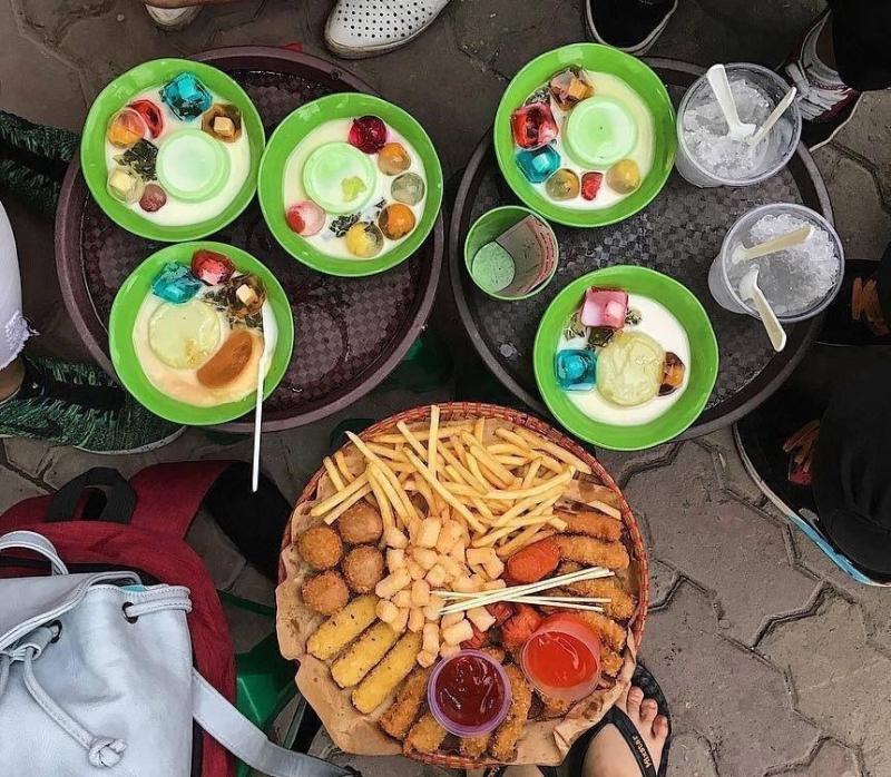 Đồ ăn của quán funny Monkey