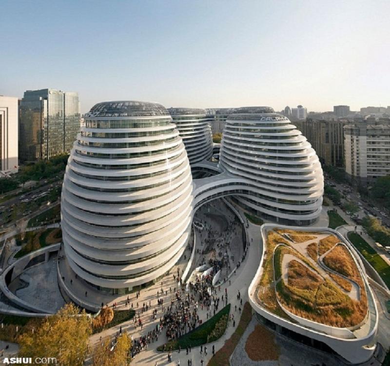 Một tòa nhà có kiến trúc 5 khối độc đáo kết hợp uyển chuyển.