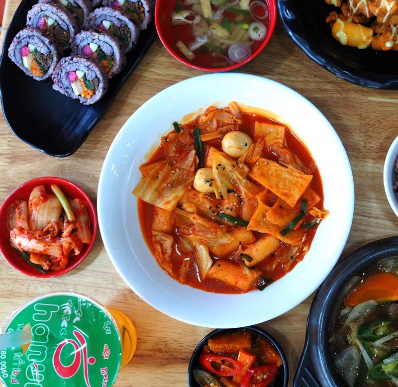 Món Tokbokki siêu hấp dẫn tại Hanuri