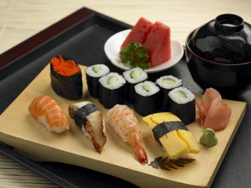 Thực đơn nhà hàng Hashiya rất phong phú, bổ dưỡng nổi bật với các loại sushi