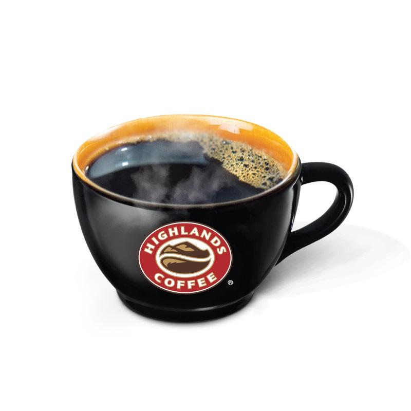 Gu cà phê của Highland Coffee là sự kết hợp hương vị của 2 loại hạt Robusta và Arabica với tỷ lệ của riêng Highland