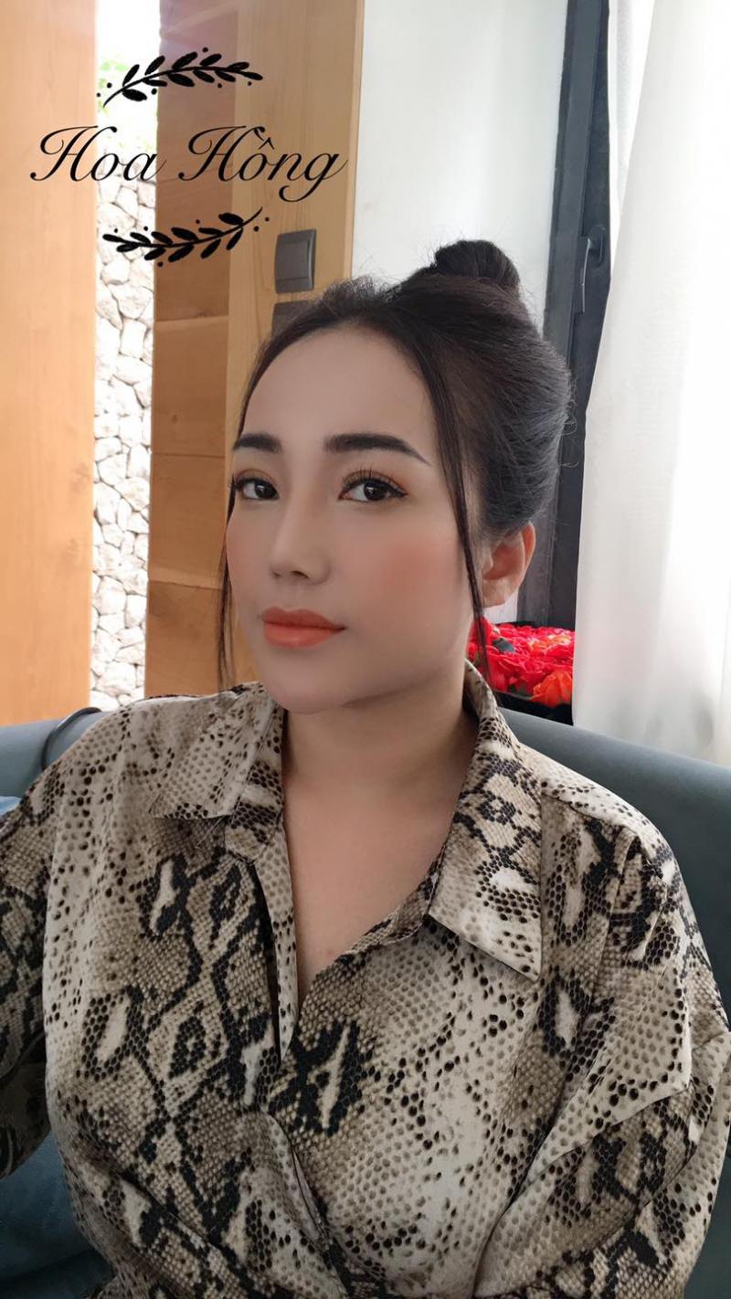 Hoa Hồng Makeup nơi tạo cho bạn lớp trang điểm nhẹ nhàng tự nhiên Hàn Quốc để dự tiệc cưới hỏi, sinh nhật