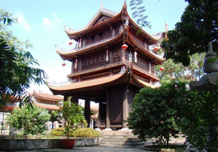 Gác chuông chùa Keo