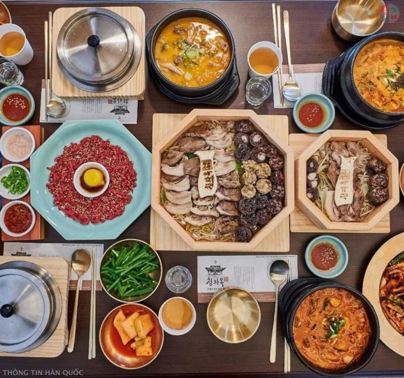 Quán Kimbap FC ẩm thực truyền thống Hàn với giá rất hạt dẻ