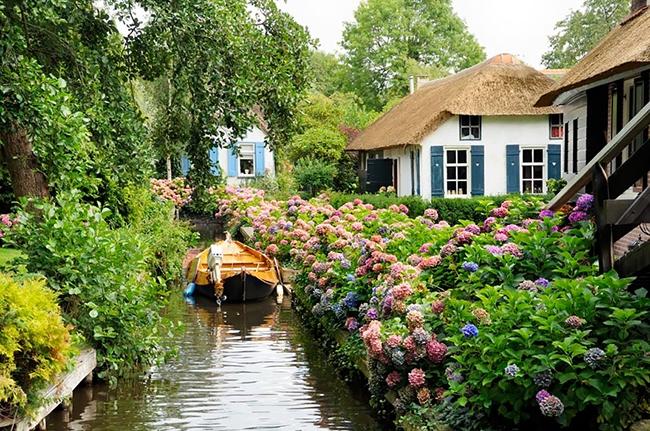 Làng Giethoorn