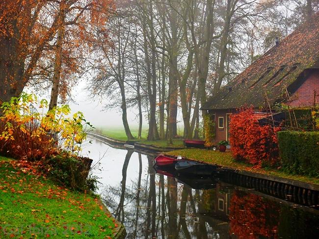 Khung cảnh khác của làng Giethoorn