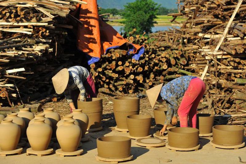 Làng gốm Gia Thủy - Ninh Bình