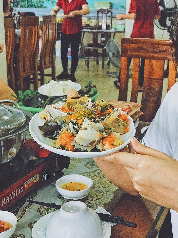 Lẩu hải sản tại Hương Duyên