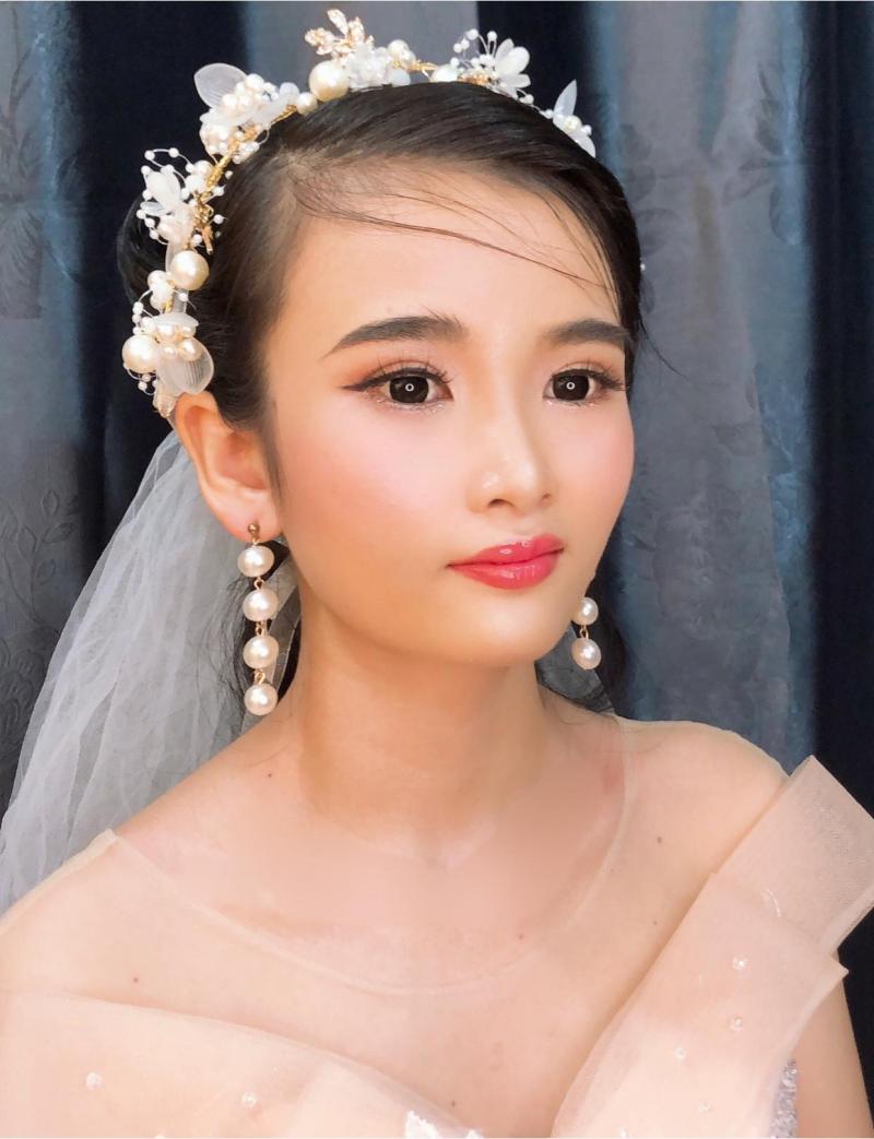 Makeup Nhàng Nguyễn luôn cập nhật xu hướng trang điểm hiện đại