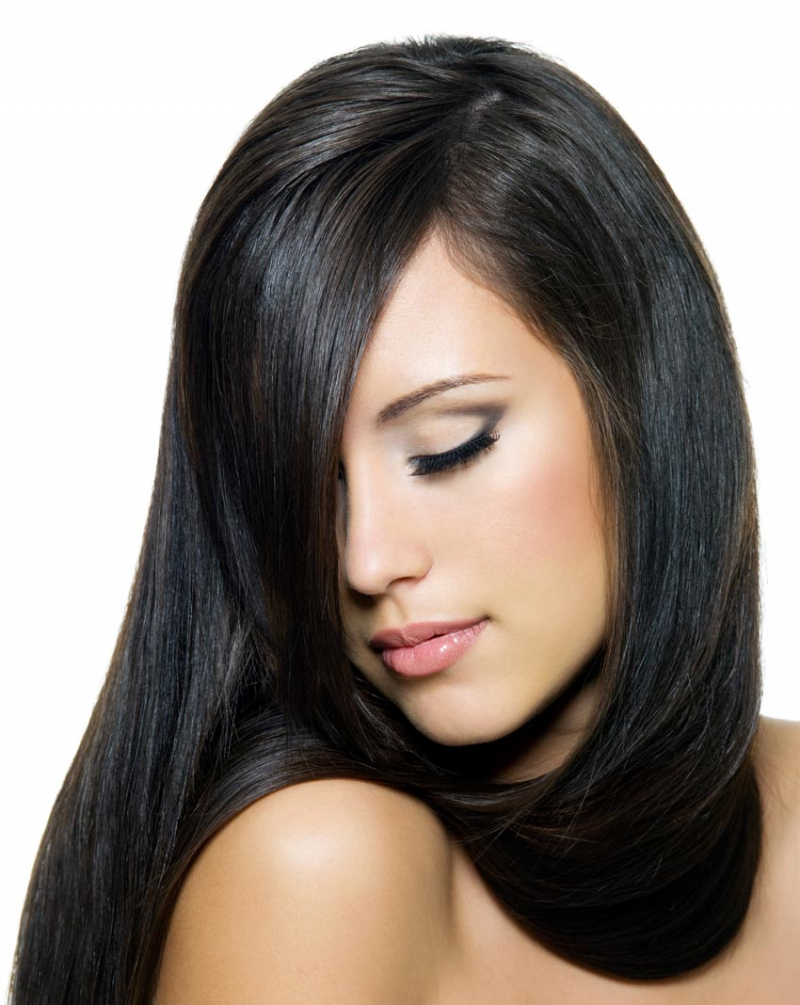 Không chỉ hỗ trợ phục hồi tổn thương trên bề mặt tóc, các dưỡng chất còn thấm sâu nuôi dưỡng cả lõi tóc, trả lại sức sống cho từng sợi tóc, giúp tóc khỏe mạnh.