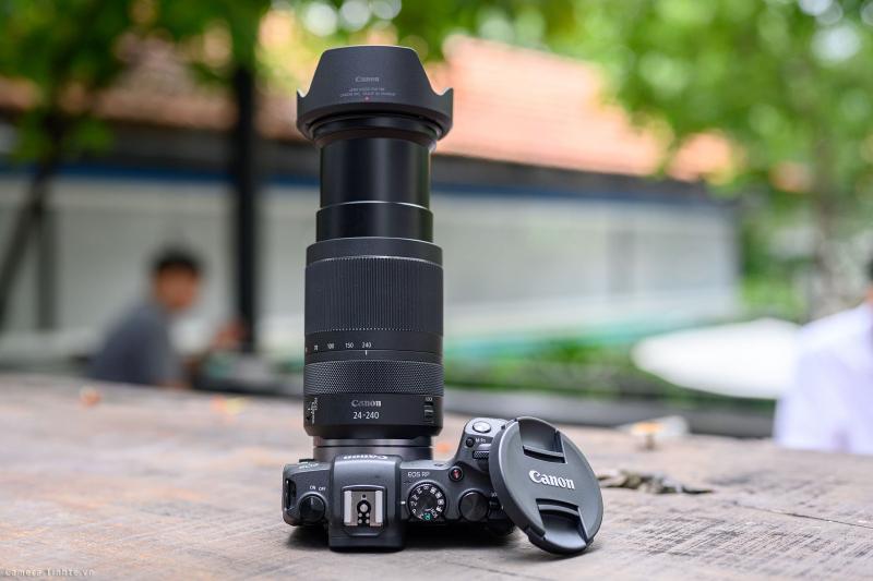 Máy Ảnh Canon EOS RP + RF 24-240mm f/4-6.3 IS USM