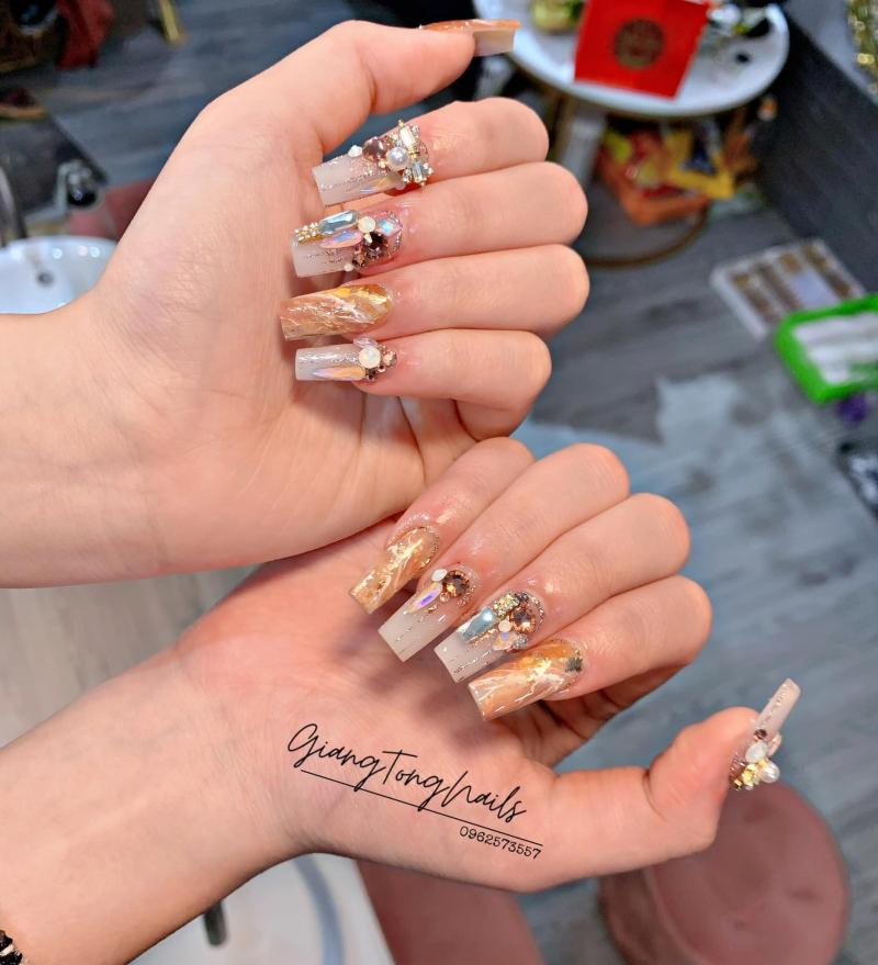 Top 8 Tiệm làm nail đẹp và chất lượng nhất Yên Bái