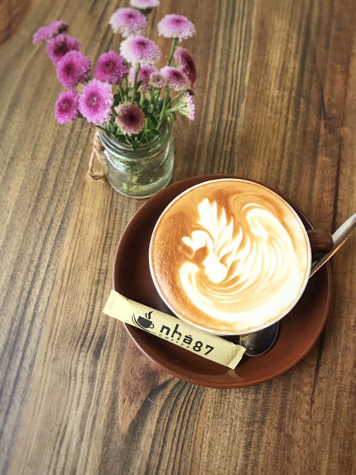 Nhà 87 coffee