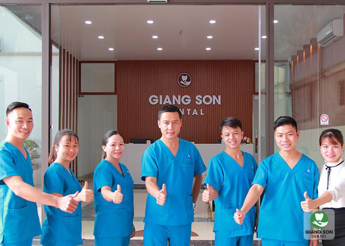 Nha khoa Giang Sơn quy tụ đội ngũ y bác sĩ giỏi, giàu kinh nghiệm