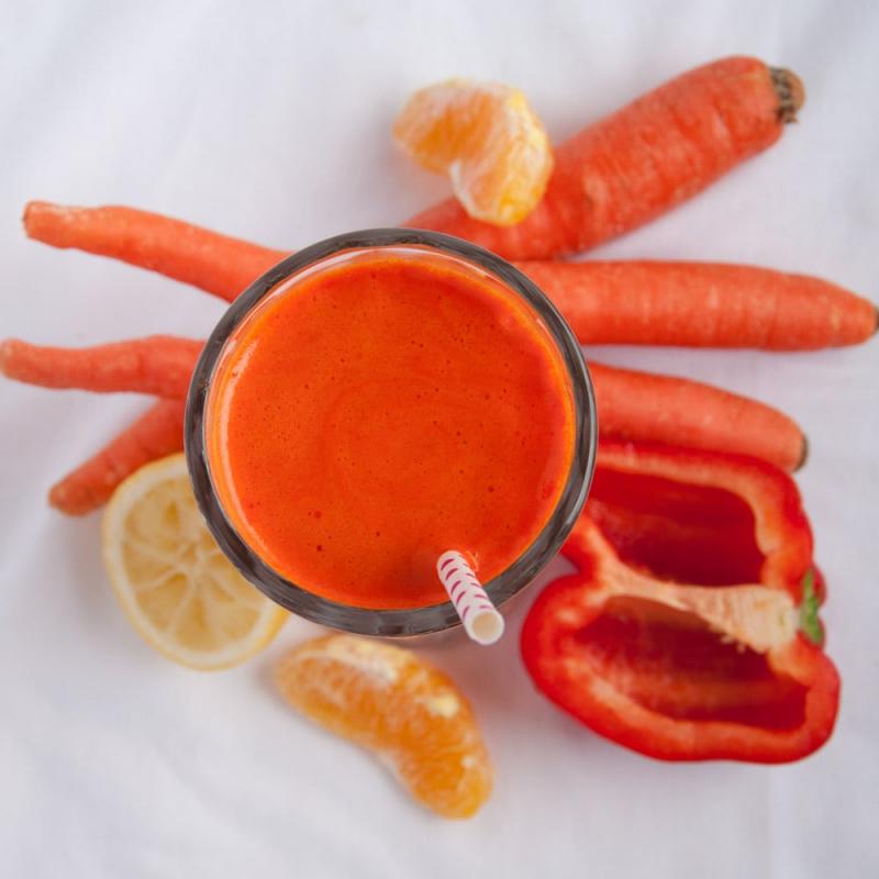 Nước ép ớt chuông cà rốt