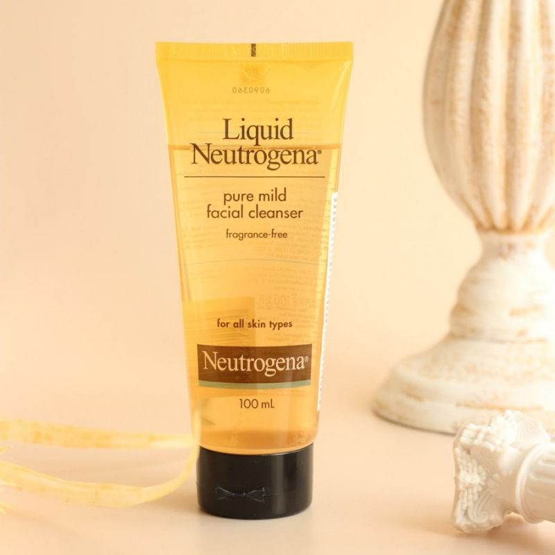 Nước Rửa Mặt Dịu Nhẹ Cho Mọi Loại Da Neutrogena Liquid Pure Mild Facial Cleaner