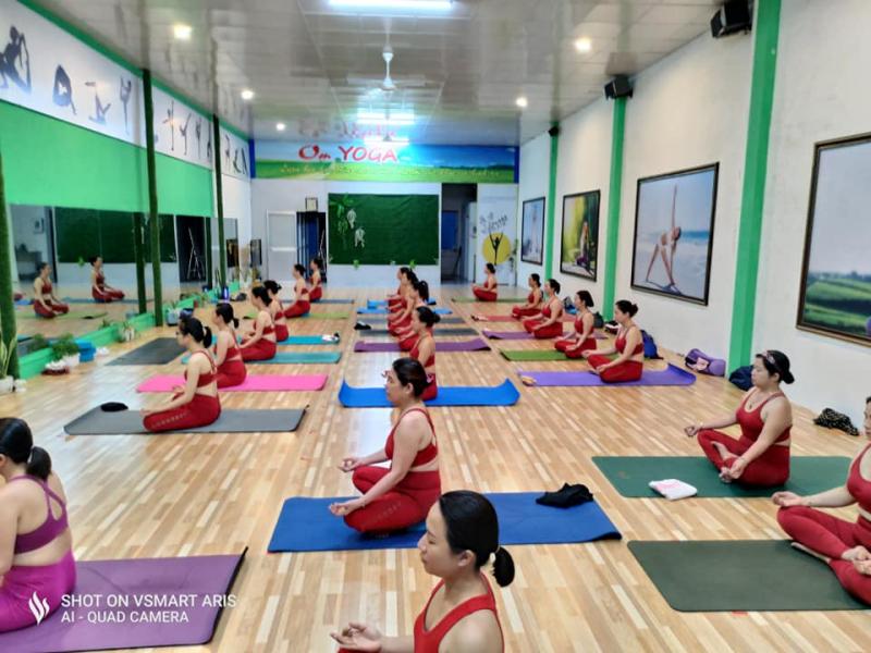 Om Yoga Tam Kỳ