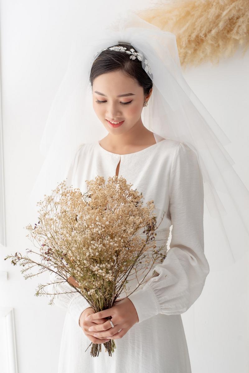 Váy tại  Phạm Hoàng Studio