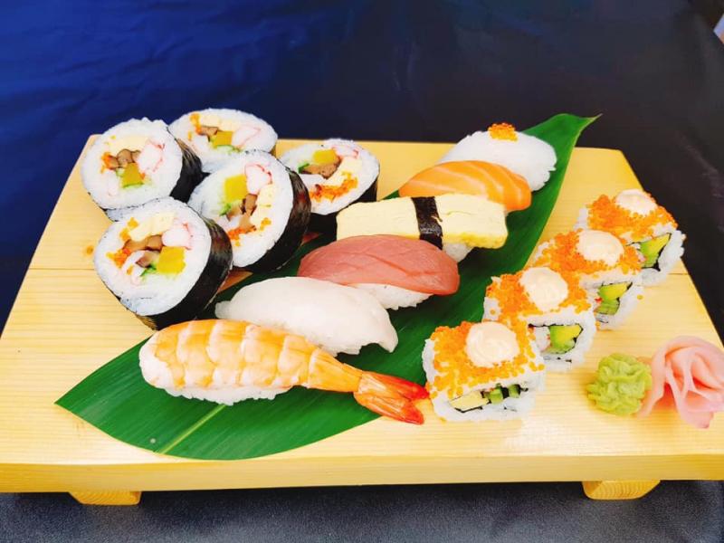 Phố Nướng Osaka - Nhà hàng chuyên món nướng và sushi Nhật Bản