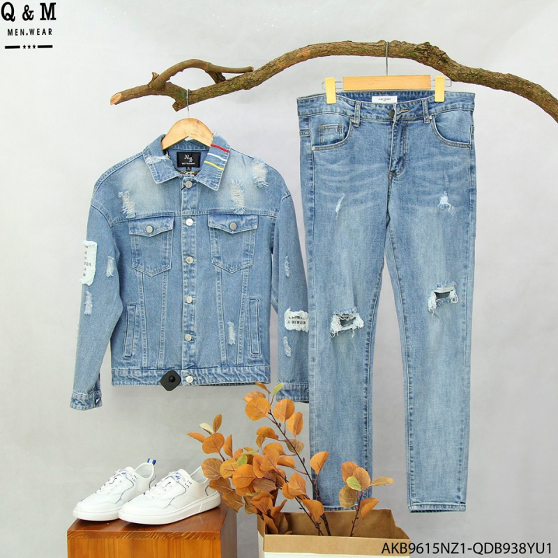 Shop bán rất đa dạng các sản phẩm như áo khoác jean, hoodie, quần jeans, áo nỉ, sơ mi...