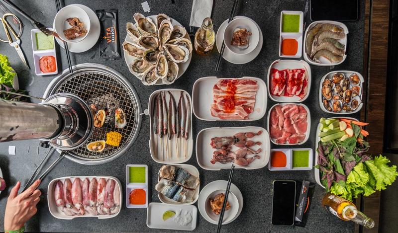 Quán Vita Barbecue chuyên về các món ăn lẩu, nướng kiểu Nhật