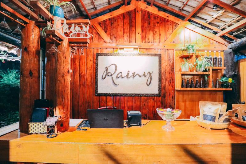 Rainy Cafe Dalat