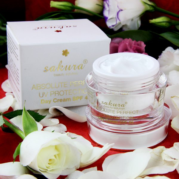 Sakura Absolute Perfect UV Protection