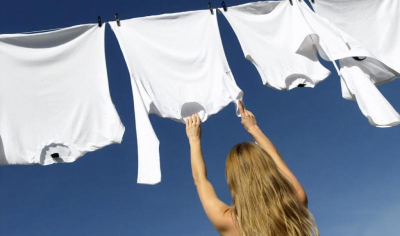 Top 5 Cách tẩy trắng quần áo bị ố mà không cần hóa chất