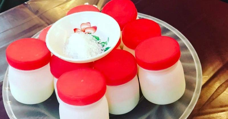 Sữa chua muối: 2.000đ/cốc