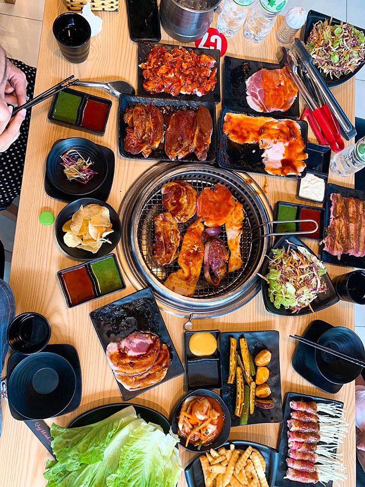 Nếu như bạn ở Vĩnh Phúc thì có thể tìm đến địa chỉ món nướng hấp dẫn nổi tiếng có tên Sukii BBQ