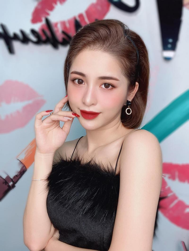 Tipu Make Up luôn cập nhật xu hướng makeup nên đáp ứng tối đa yêu cầu khách hàng