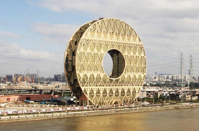 Là tòa nhà hình tròn lớn nhất thế giới hiện nay.