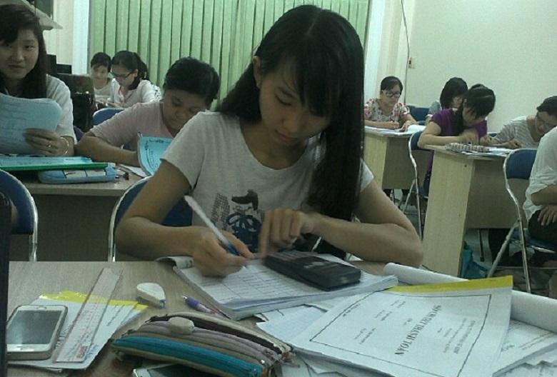 Trung tâm đào tạo kế toán Kimi được thành lập từ năm 2009, là một trong những đơn vị đào tạo kế toán hàng đầu tại Hà Nội và thành phố Hồ Chí Minh