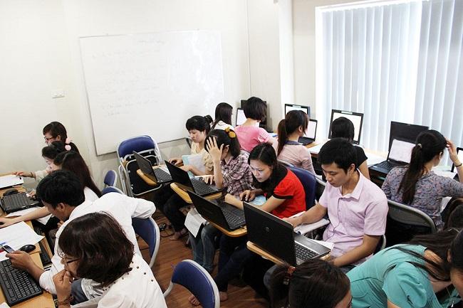Trung tâm đào tạo kế toán VAFT có chương trình đào tạo được bắt đầu từ việc học kế toán cơ bản – kế toán nhập môn, người học sẽ được đào tạo những kiến thức cơ bản, nền tảng nhất của môn học kế toán