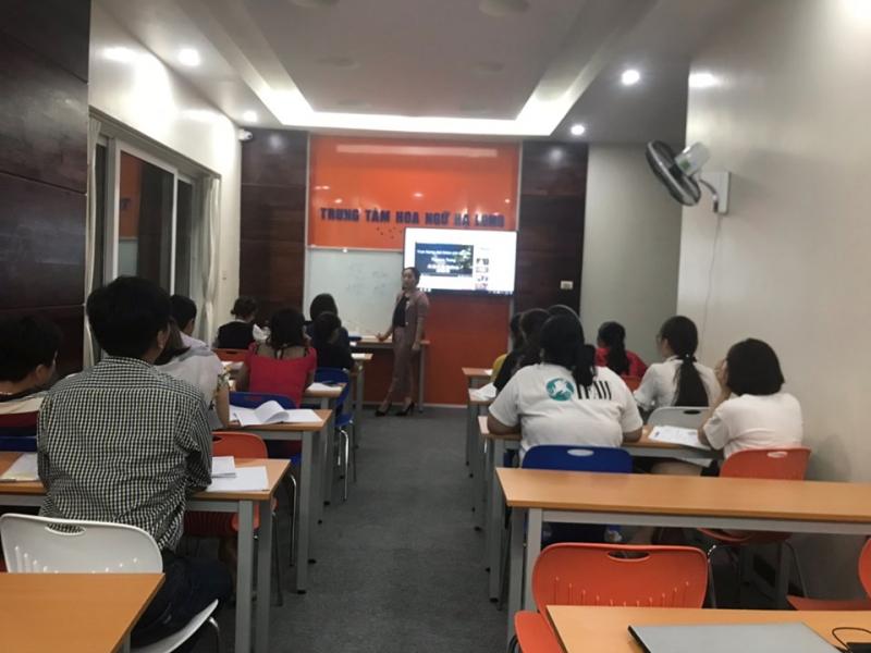 Không gian học tập tại trung tâm Hoa ngữ Hạ Long