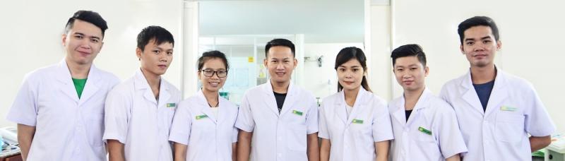 Trung tâm phục hồi chức năng, vật lý trị liệu Hữu Nhân tự hào với đội ngũ bác sĩ, kỹ thuật viên chuyên môn cao, luôn được tập huấn nâng cao tay nghề
